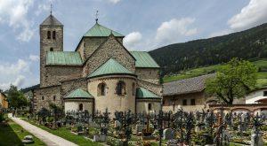 Stift Innichen, Südtirol