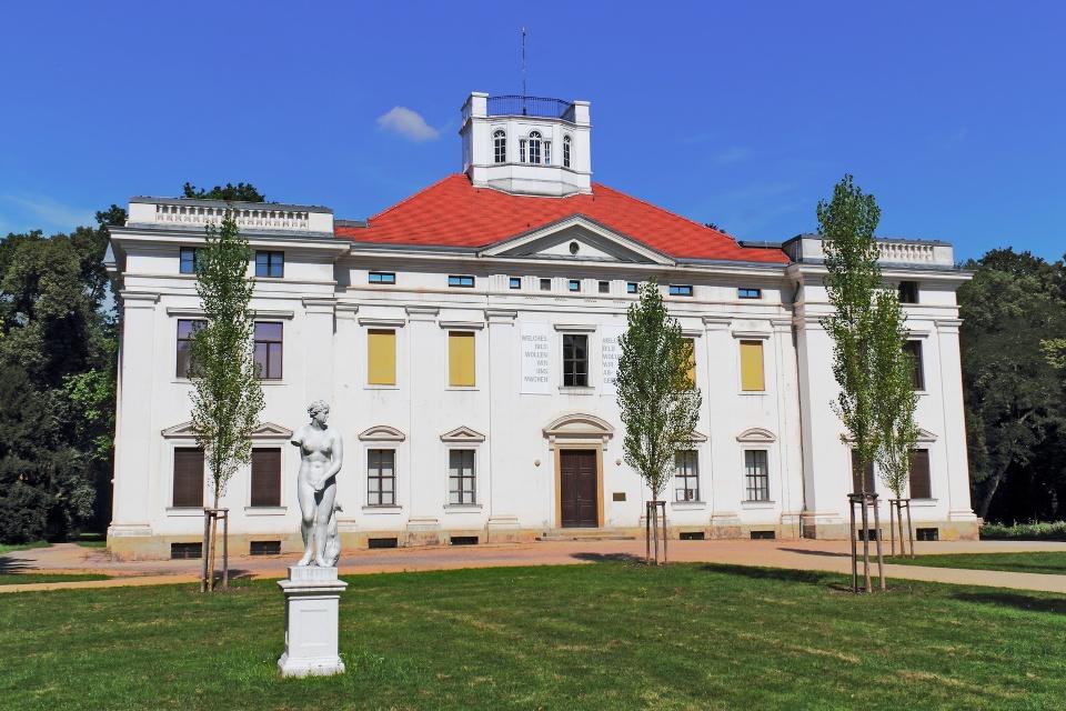 Dessauer Schloss Georgium, Gartenreich Dessau-Wörlitz, Mulderadweg