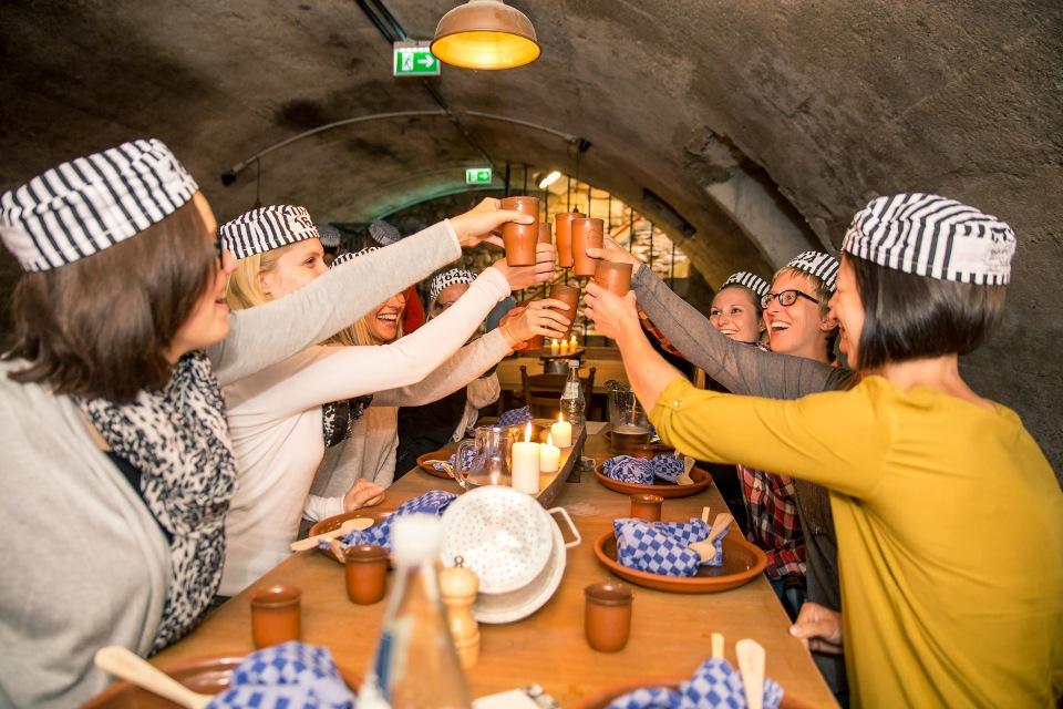 Gefangenenessen im Restaurant Bollesje