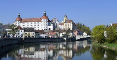 Schloss Neuburg über der Donau