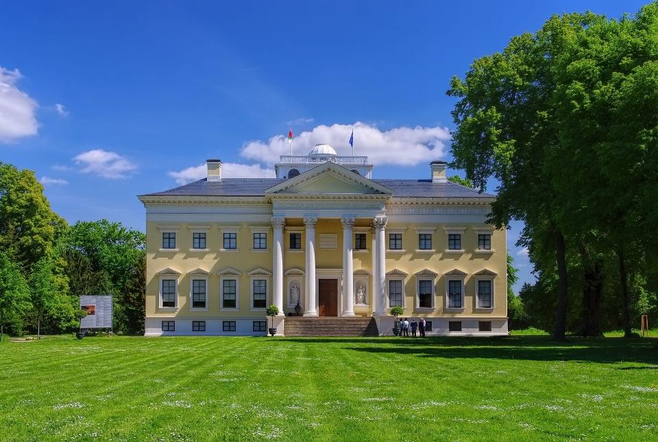 Wörlitzer Schloss, Gartenreich Dessau-Wörlitz