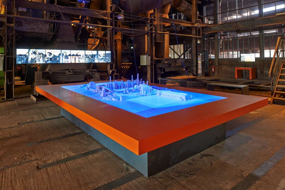 UNESCO BesucherZentrum mit interaktiven 3-D Modell des Weltkulturerbe Völklinger Hütte