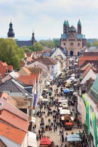 Blick auf Alstadt und Dom in Speyer