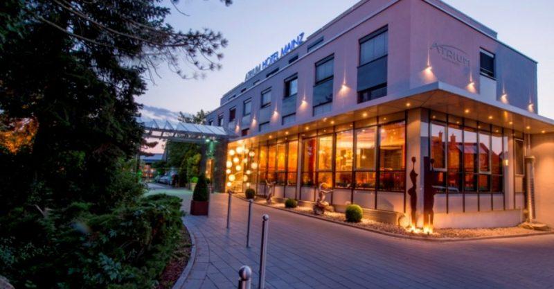 Aussenansicht Hotel Atrium