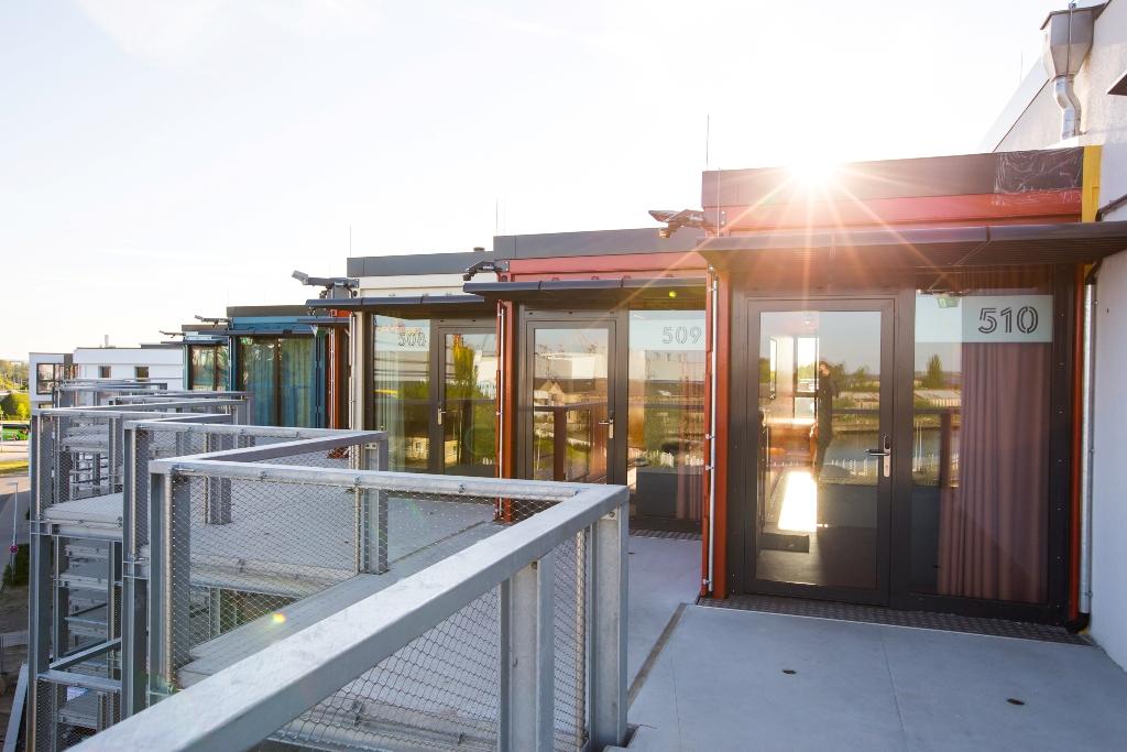 Außenansicht, Hotel Dock-Inn