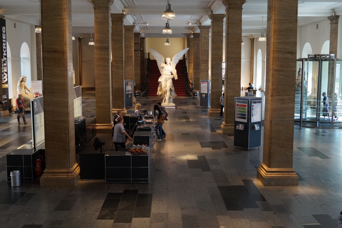 Deutsches Historisches Museum, Zeughaus, Foyer