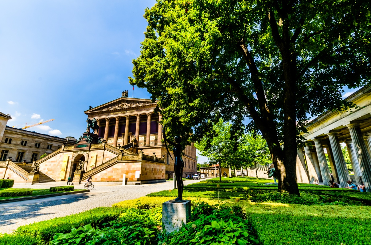 Museumsinsel Berlin, Gartenlandschaft an der Alten Nationalgalerie