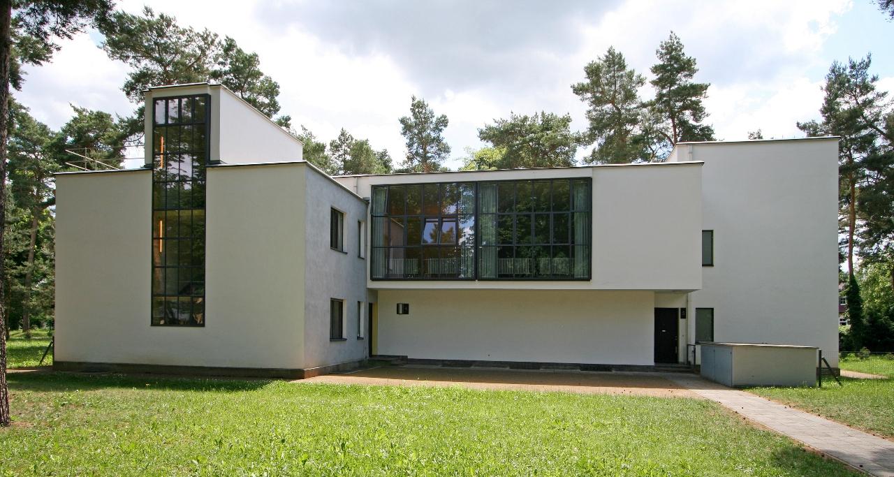 Meisterhäuser in Dessau, Ansicht Straßenseite (Architekt: Walter Gropius, 1926), 2009 © Stiftung Bauhaus Dessau, Foto: Martin Brück