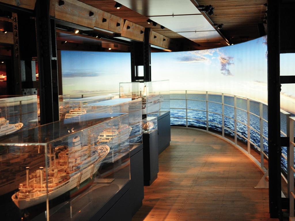 Das Internationale Maritime Museum, Passagierschifffahrt und Kreuzfahrt-Feeling auf Deck 6