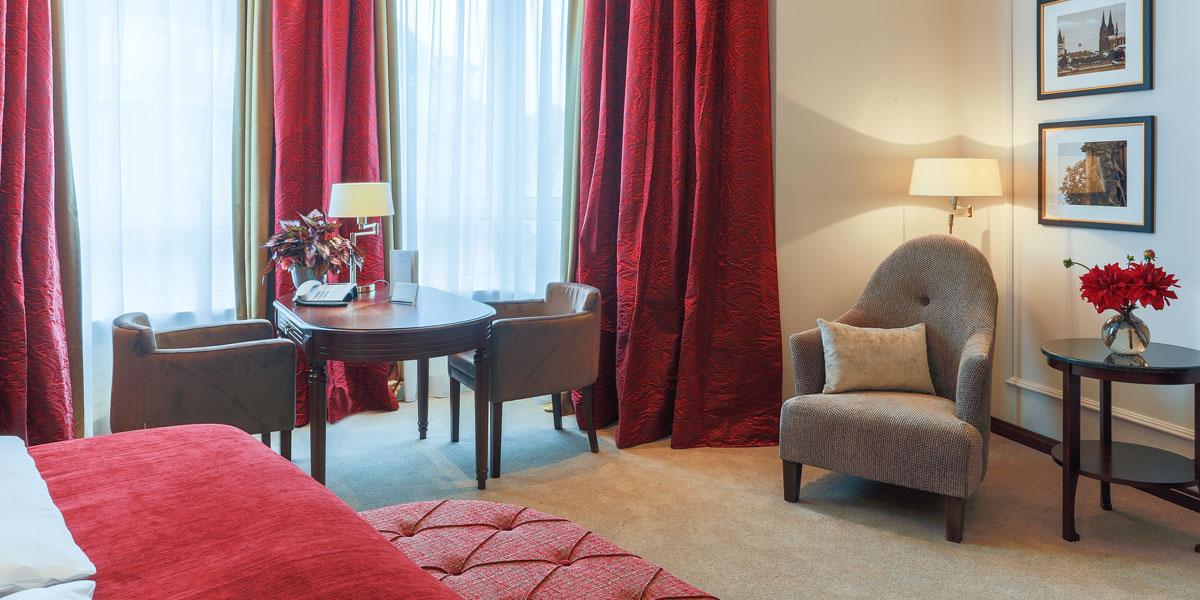 Grand Superior Zimmer im Excelsior Hotel Ernst in Köln