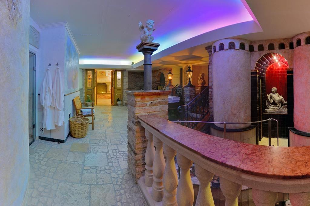 Wellnessbereich im Hotel Alpenhof in Augsburg