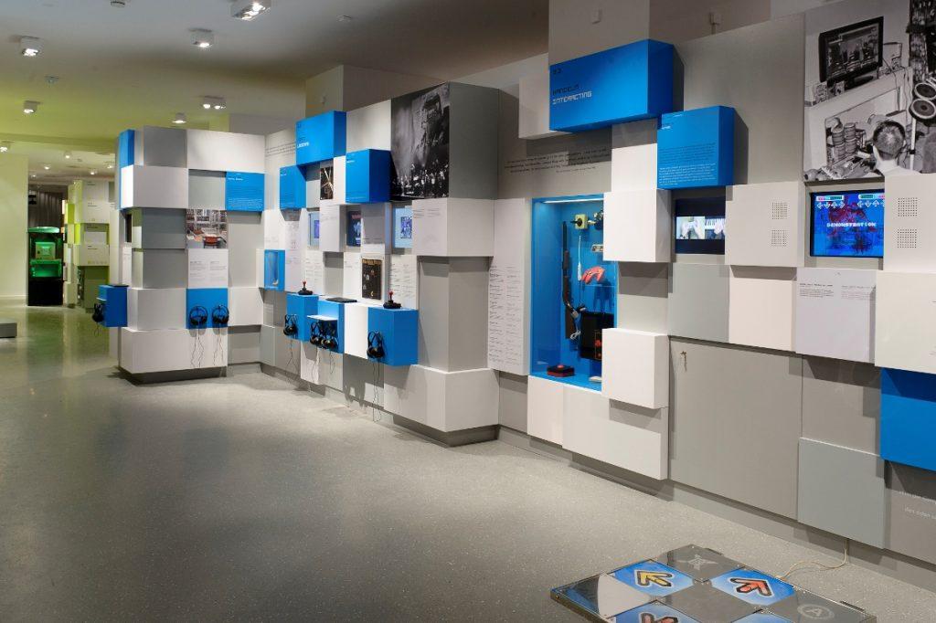 """Ausstellungsbereich """"Homo Ludens Digitalis"""" des Computerspielemuseums"""
