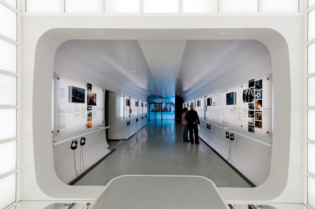 """Ständige Ausstellung, """"Zeittunnel Fernsehen"""", Museum für Film und Fernsehen"""