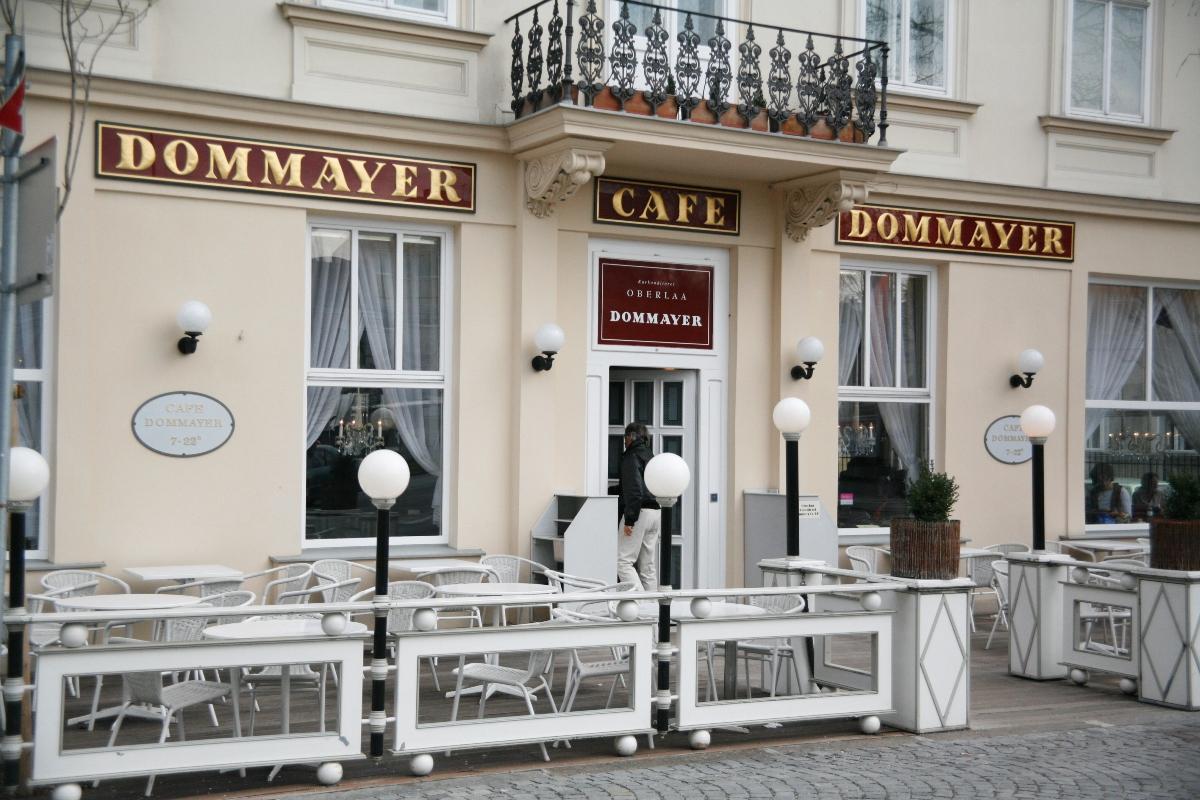 Café Dommayer - Kaffeehäuser Wien