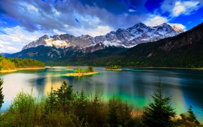 Zugspitze mit Eibsee
