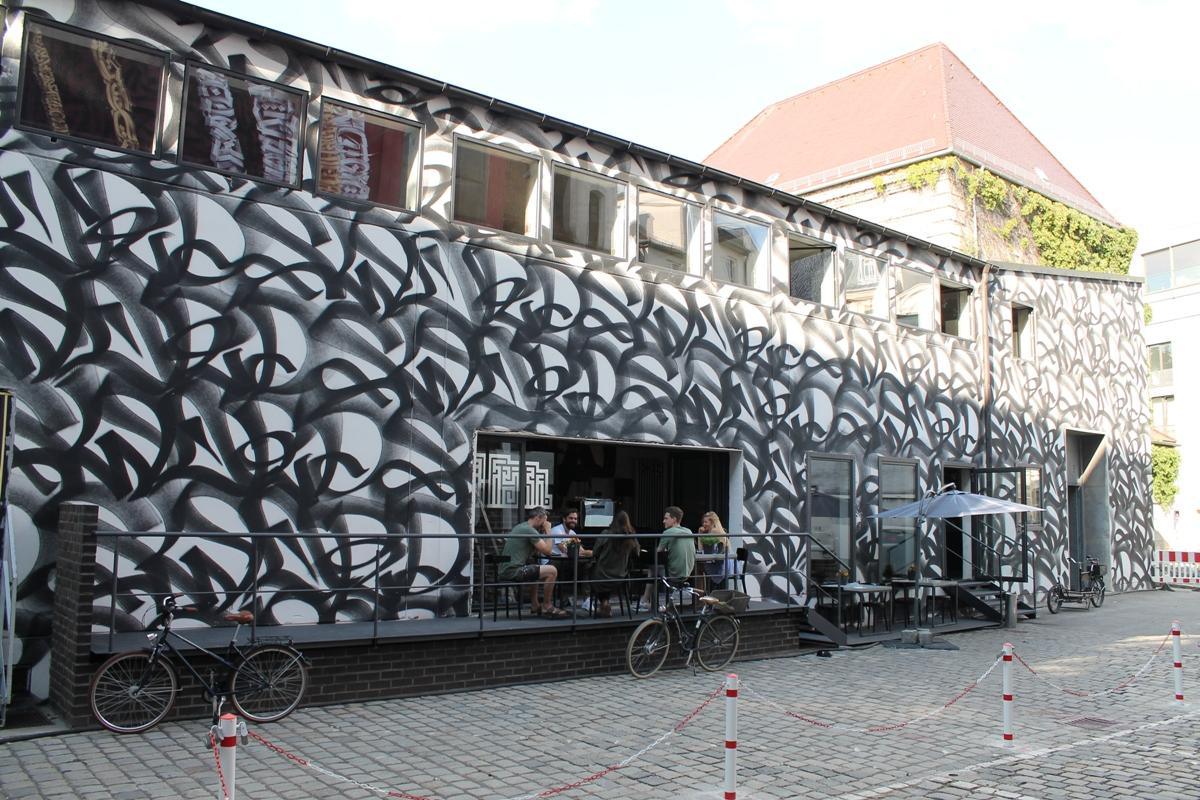 Restaurant Mural außen