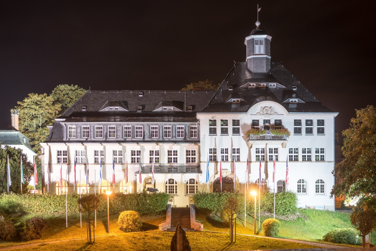 Rathaus Klingenthal - Vogtland Panorama Weg
