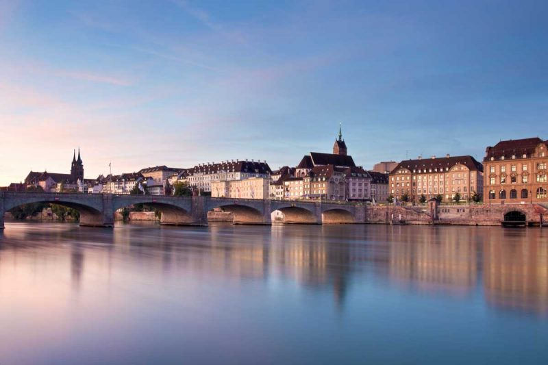 Morgenstimmung am Rhein in Basel