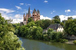 Blick auf Limburg - Lahnwanderweg