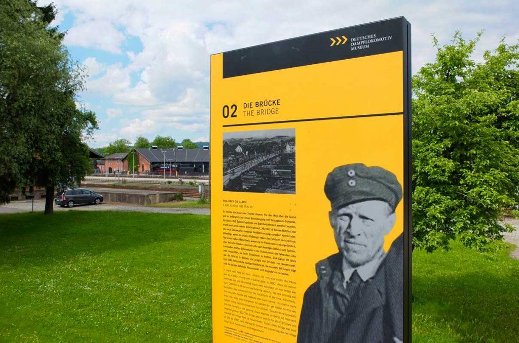 Rundgang durch das Eisenbahnerdorf - Deutsches Dampflokomotiv-Museum