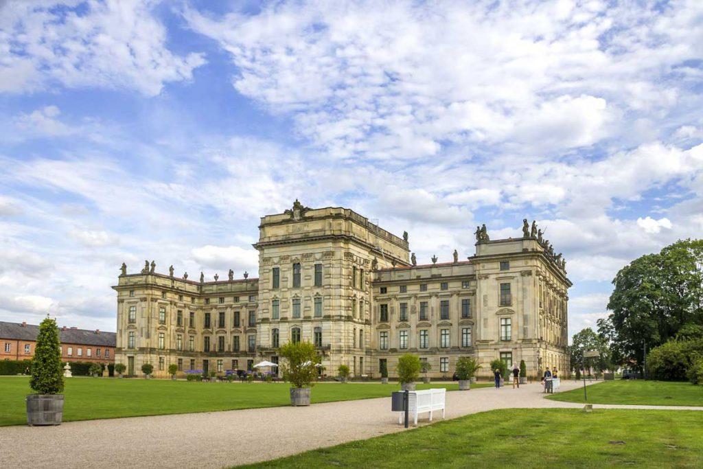 Schloss Ludwigslust - Mecklenburgische Seen-Radweg