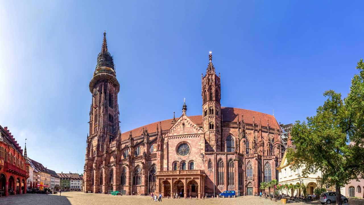 Freiburg im Breisgau, Münster - Südschwarzwald-Radweg