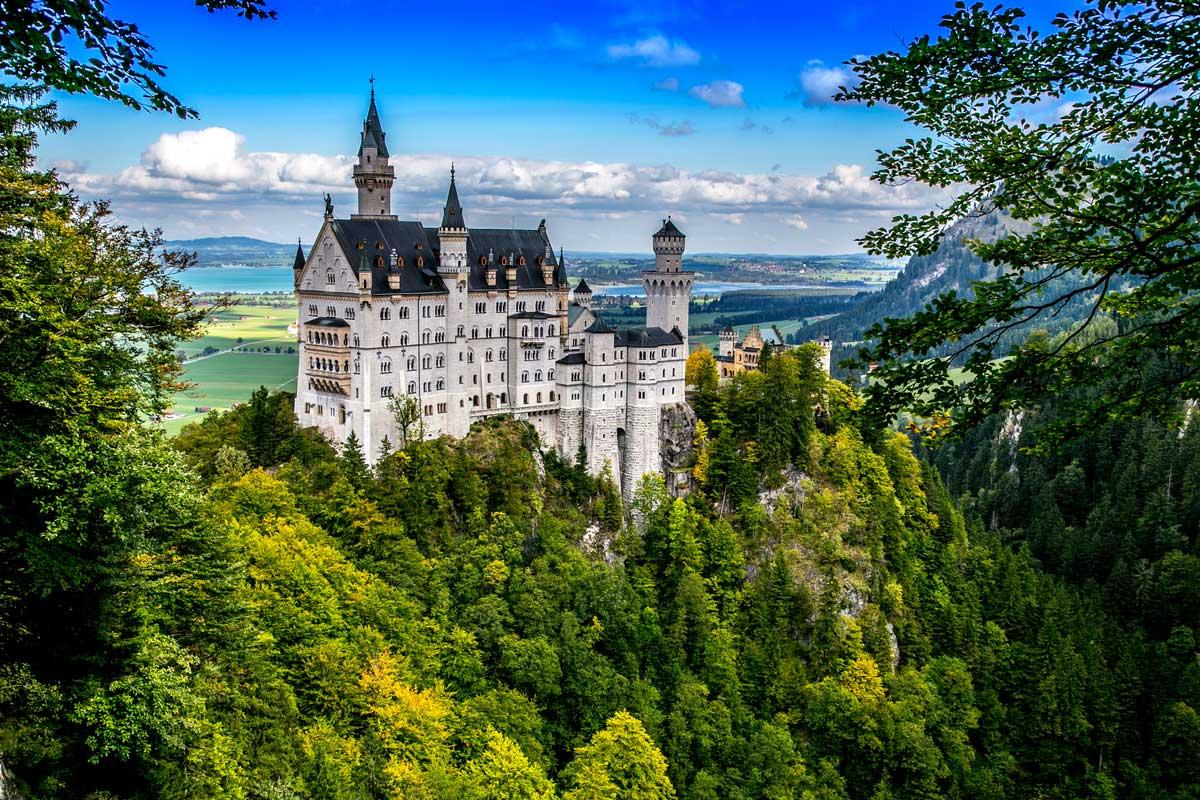 Schloss Neuschwanstein - Burgen und Schlösser - Bodensee-Königssee-Radweg - König-Ludwig-Weg