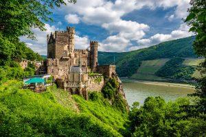 Burg Rheinstein - Burgen und Schlösser - Rhein-Radweg