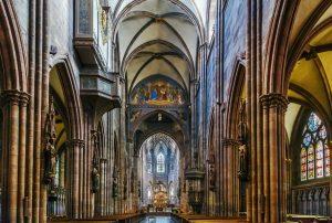 Freiburger Münster, innen - Die schönsten Kirchen Deutschlands