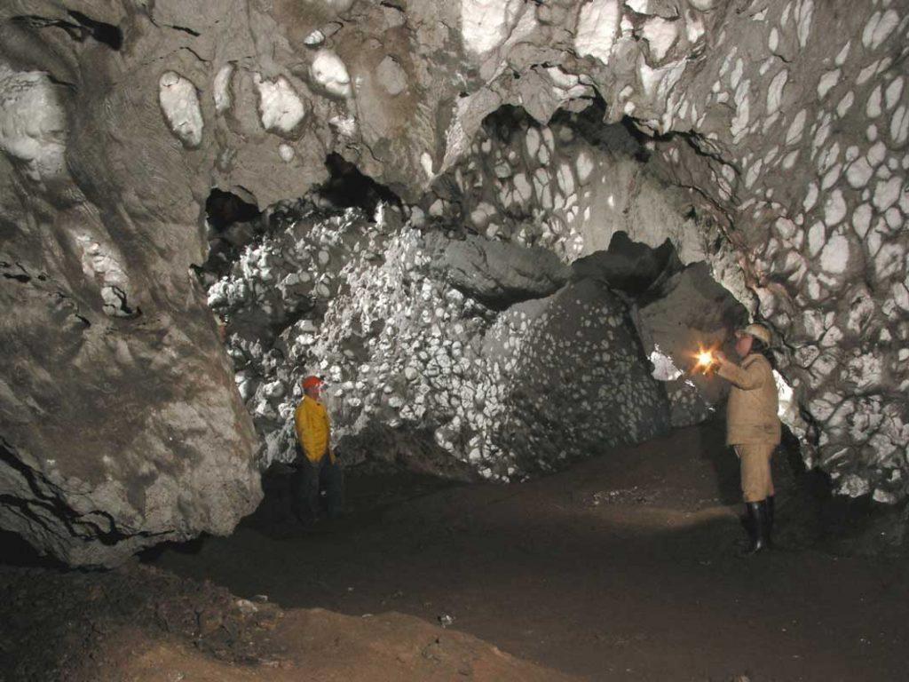 Röhrigschacht - Höhlen und Schaubergwerke