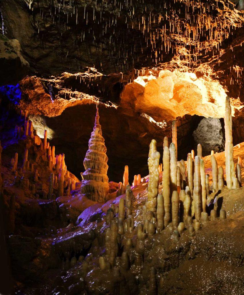 Teufelshöhle Pottenstein - Höhlen und Schaubergwerke
