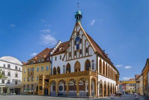 Rathaus in Amberg - Fünf-Flüsse-Radweg