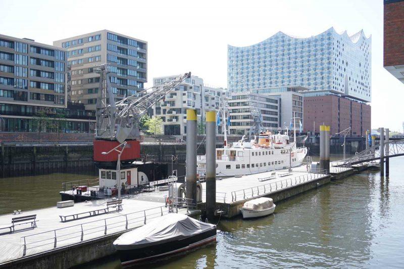 Floatel Hafenkran Hamburg