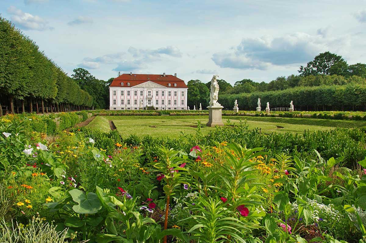 Schloss Friedrichsfelde im Tierpark Berlin - Zoos Deutschland