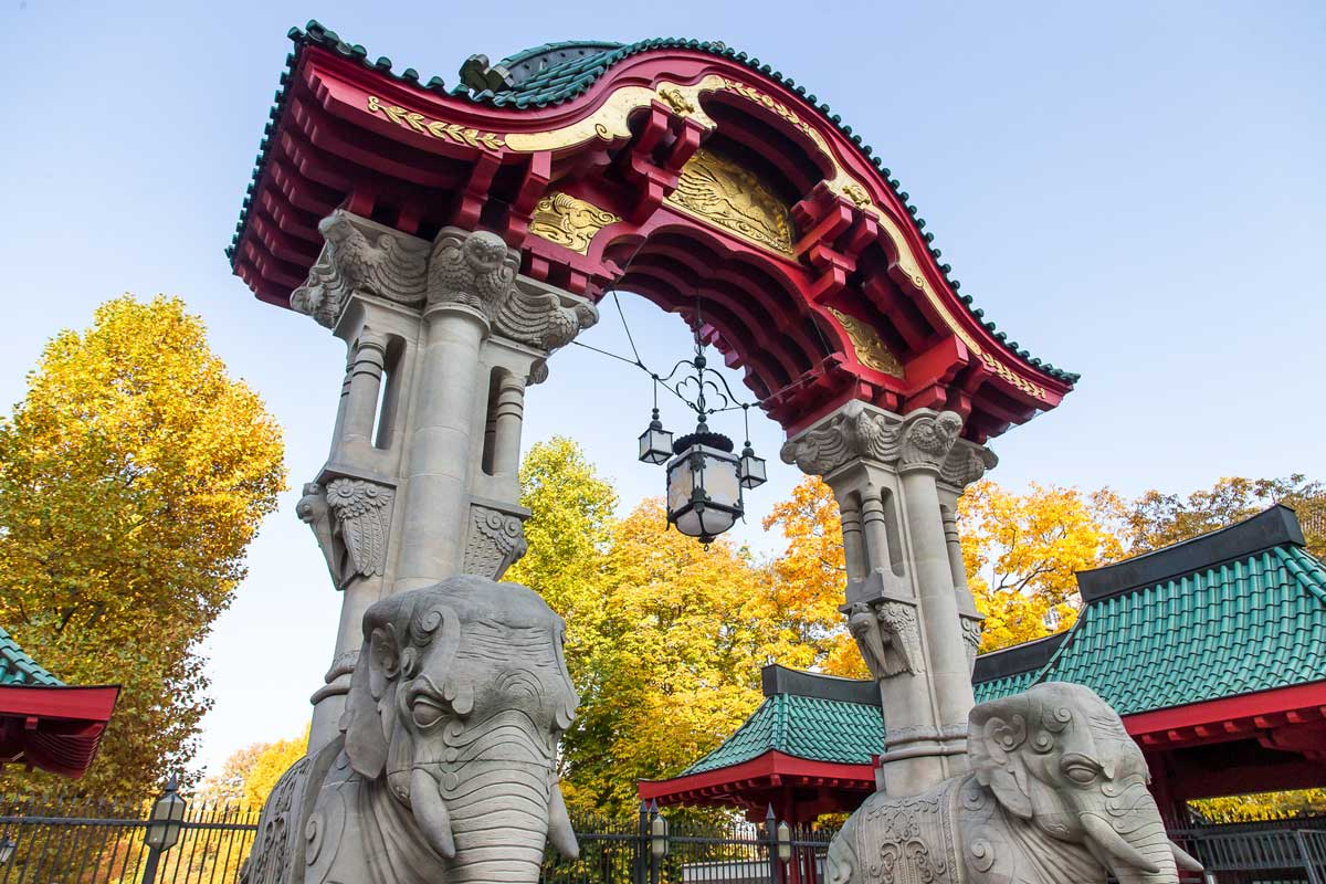 Elefantentor des Zoos Berlin - Zoos Deutschland