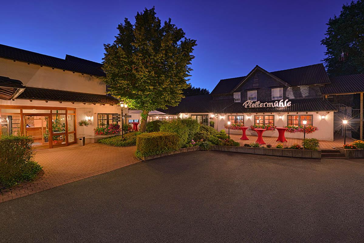 hotel-restaurant-pfeffermuehle-aussenansicht
