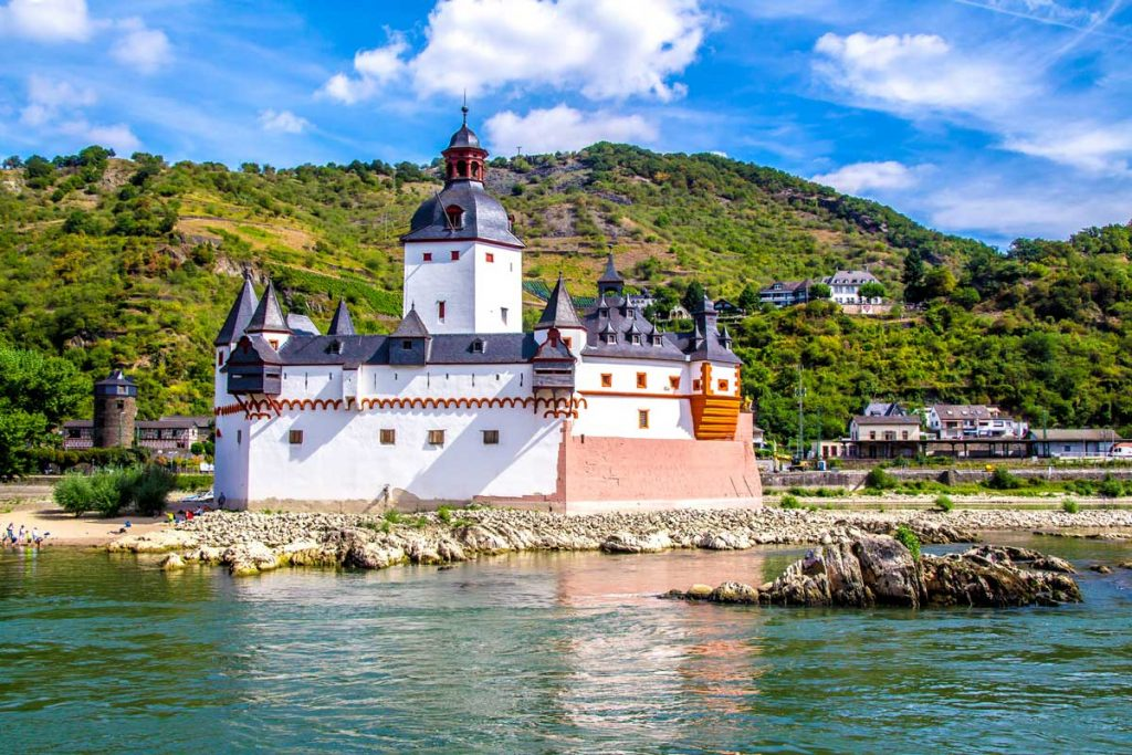 Burg Pfalzgrafenstein - Rheingauer Rieslingpfad