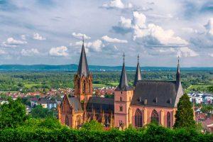 Katharinenkirche Oppenheim - RheinTerrassenWeg