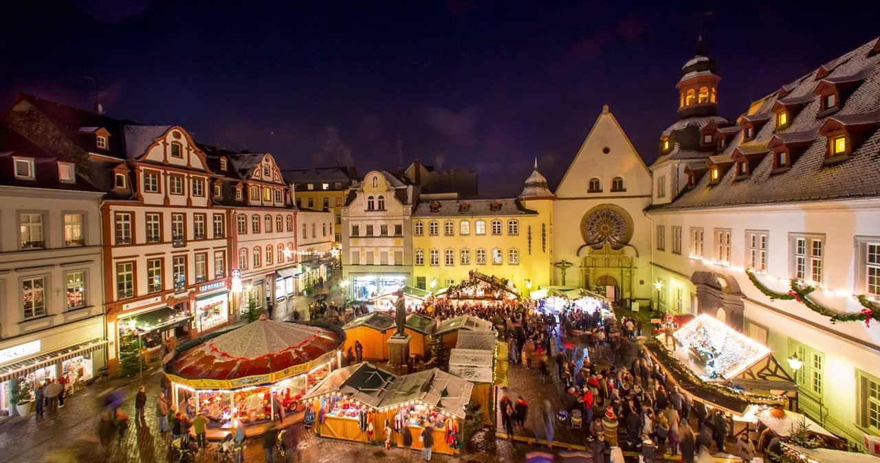 Koblenzer Weihnachtsmarkt auf dem Jesuitenplatz