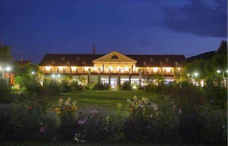 kurpark-hotel-bad-duerkheim_totale-nachts