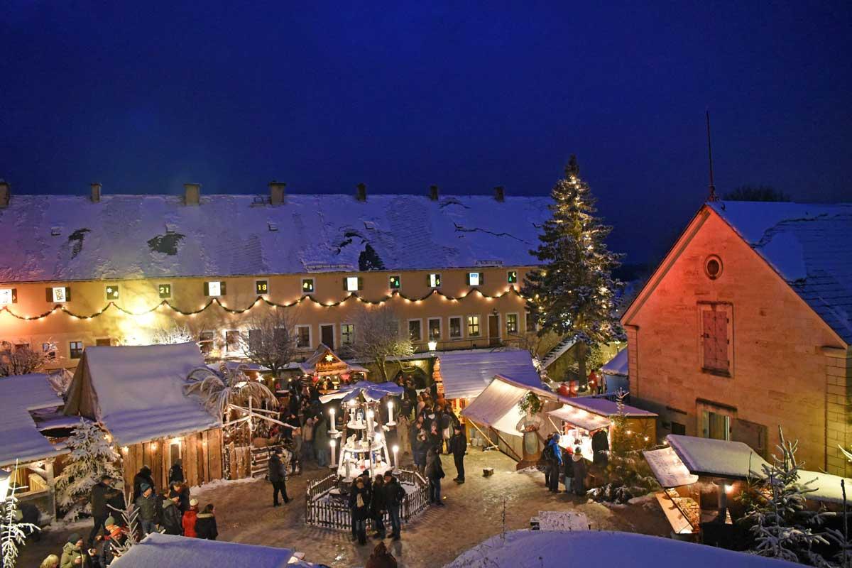Weihnachtsmarkt auf der Festung Königstein - romantische Weihnachtsmärkte