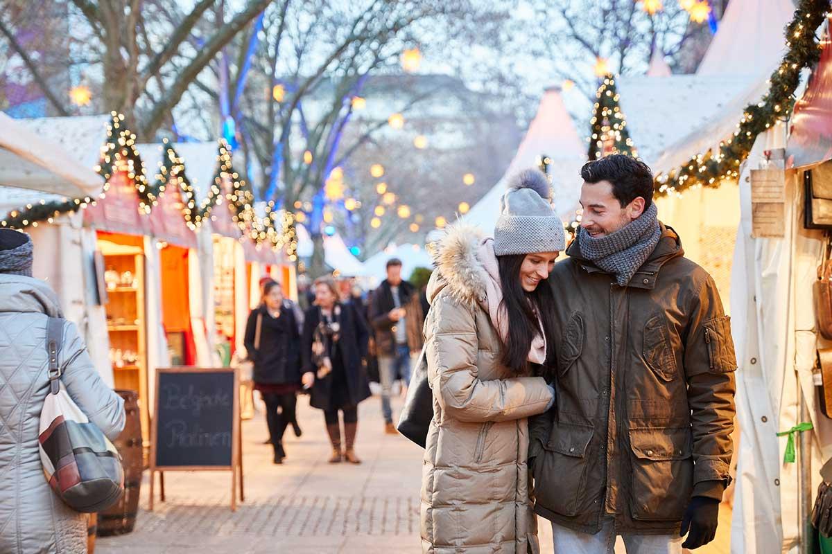 Weihnachtsmarkt auf den Kapuzinerplanken in Mannheim - besondere Weihnachtsmärkte