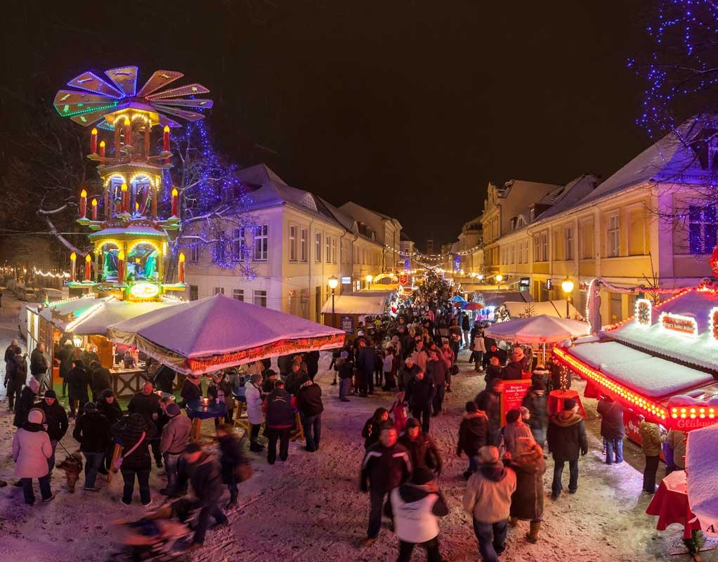 Weihnachtsmarkt Postdam, Blauer Lichterglanz