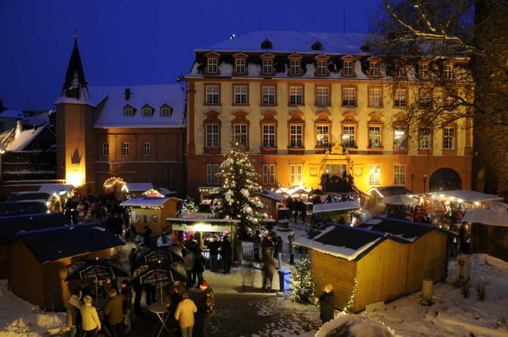 Weihnachtsmarkt auf Schloss Erbach - romantische Weihnachtsmärkte