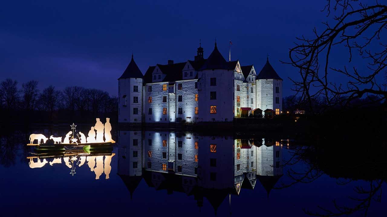 Märchenweihnacht auf Schloss Glücksburg - romantische Weihnachtsmärkte