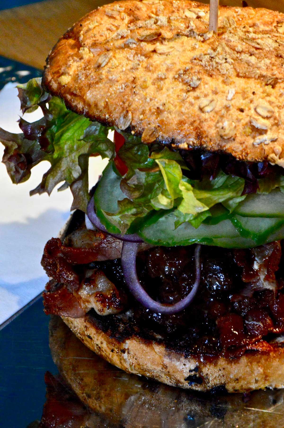 Hennes Burger in Zimmermanns Burger Köln
