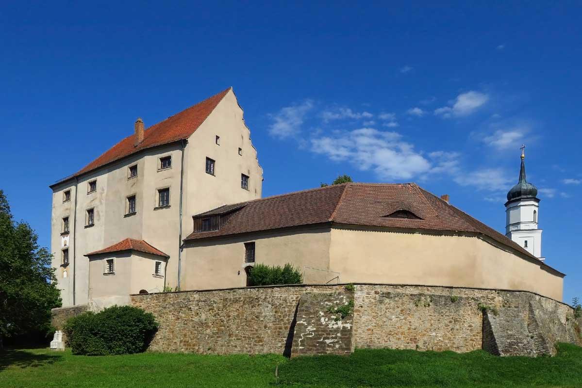 Schloss Spielberg - Altmühltal-Panoramaweg