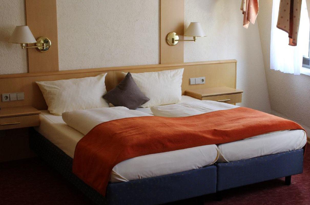 rebmann-hotel-u-vin-au-rant_zimmer