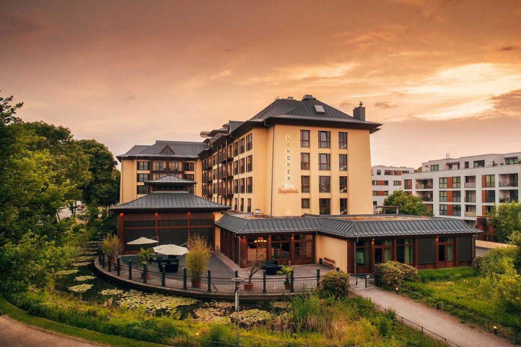 Außenansicht - Themenhotels zum Staunen