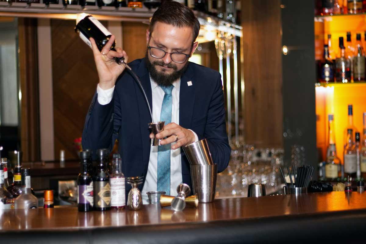 Althoff Hotel am Schlossgarten, Karol Bernacki - Cocktailtrends 2019